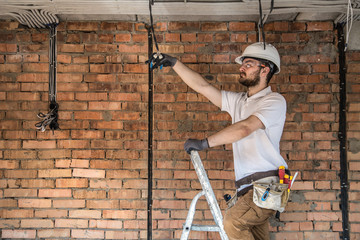 Safe Use Of Ladders & Step Ladders Course