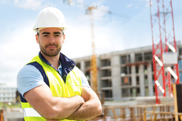 NVQ Level 2 in Controlling Lifting Operations – Slinger Signaller